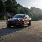 Aston Martin DBX, la version Plug-in arrivera en 2024