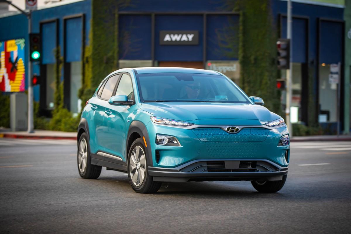 Hyundai rappelle 82 mille électriques pour batteries: Kona et IONIQ Electric impliqués