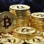 Bitcoin, un record en entraîne un autre: la valeur a augmenté de 100% depuis le début de l'année