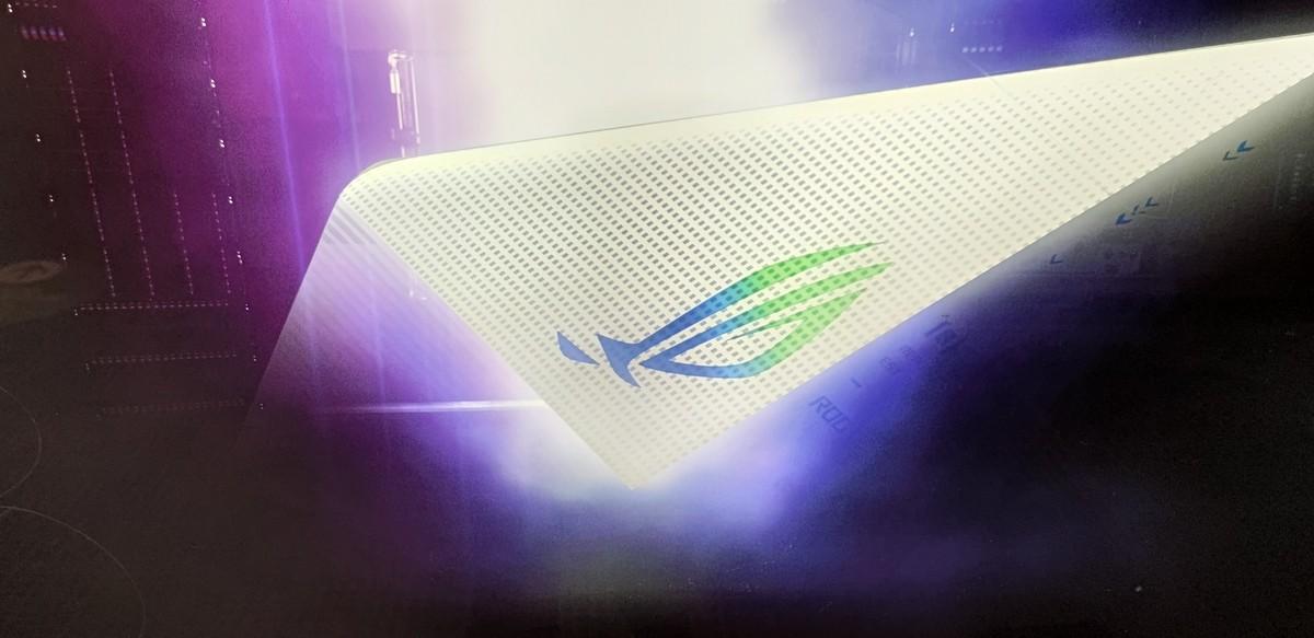 Asus Rog Phone 5 fait officiellement ses débuts le 10 mars, également en blanc!