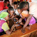 Le changement climatique est combattu avec une application: l'initiative KaiOS en Afrique