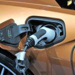 Avez-vous besoin de recharger une voiture électrique?  Voici l'étiquette pour ne pas se tromper