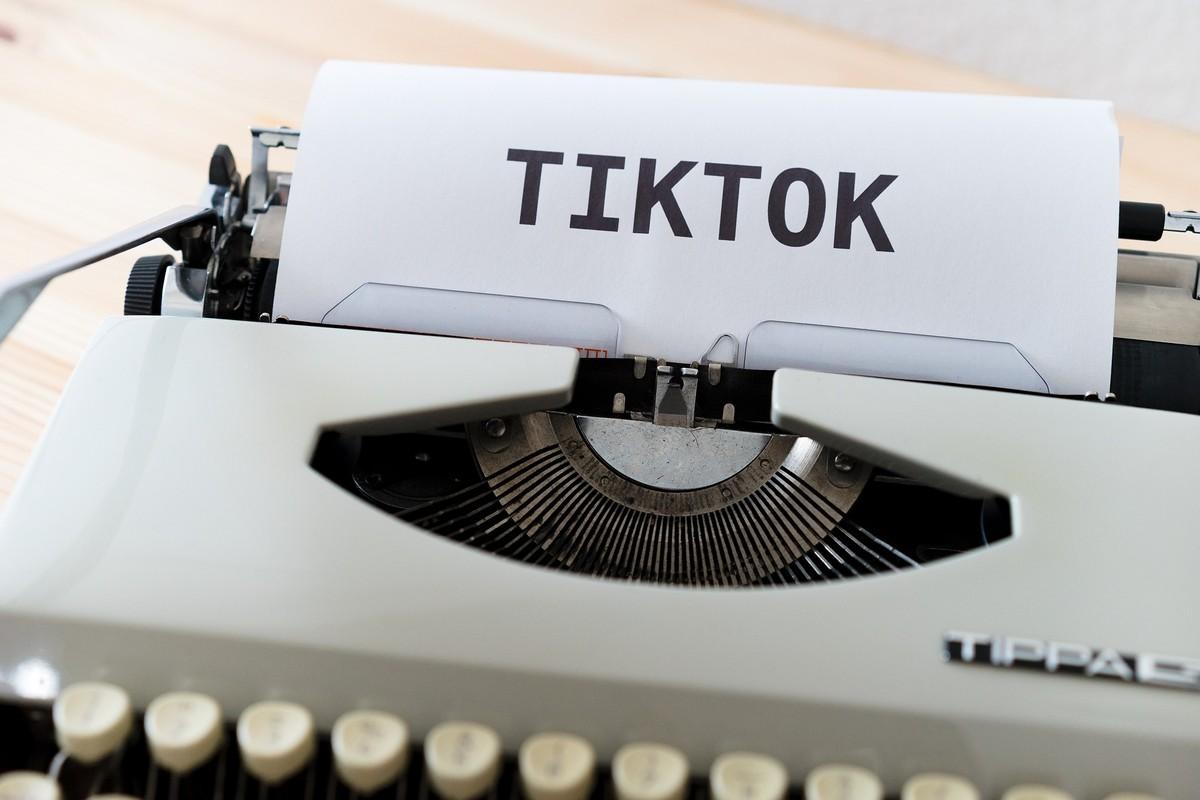TikTok, l'application non-jeu la plus téléchargée au monde.  Dépassements et contre-dépassements
