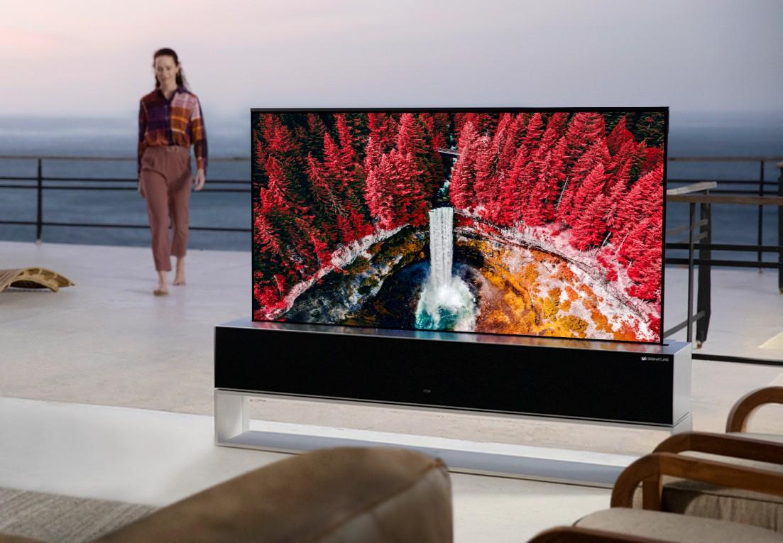 Le téléviseur OLED enroulable de LG n'a vendu que 10 unités en Corée