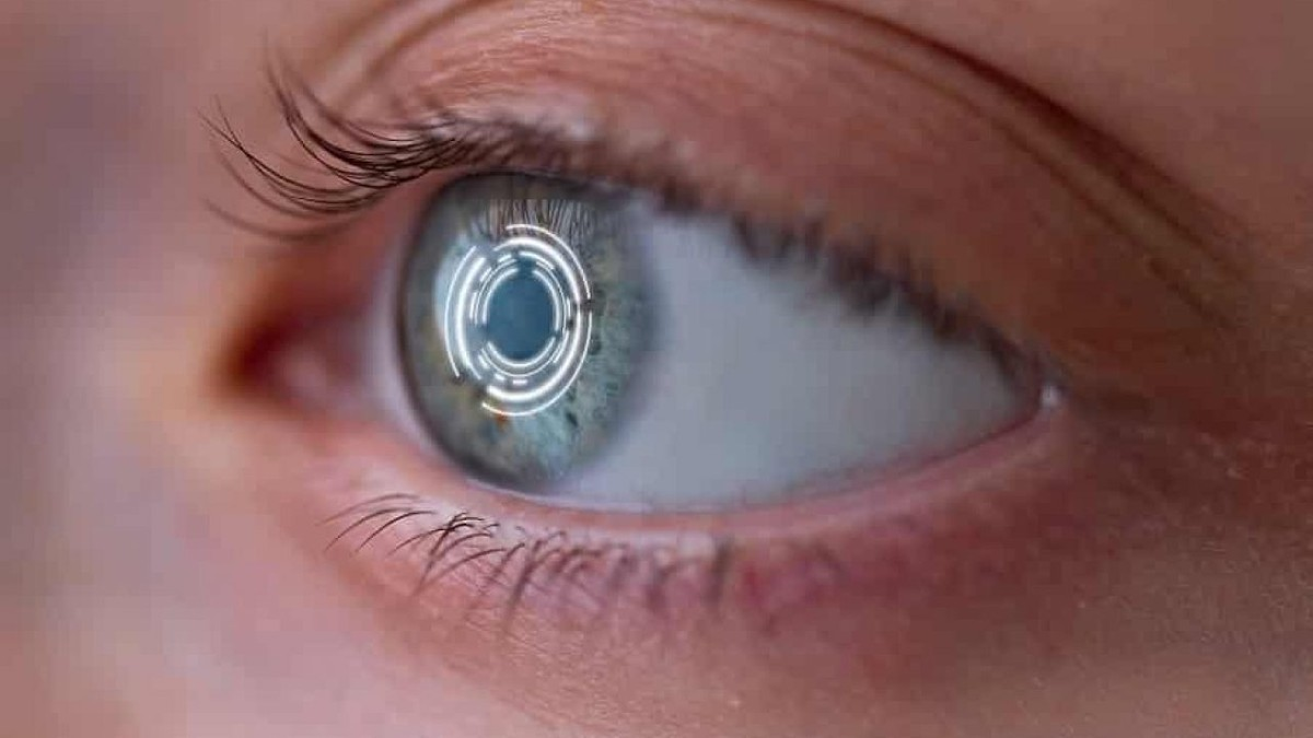 Apple croit en AR / VR: casques, lunettes et lentilles de contact en développement